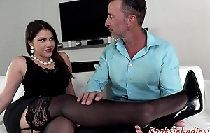 Bigtit babes feet got jizzed after analsex