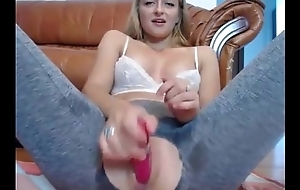 Sexy Cam Girl Huge Squirt
