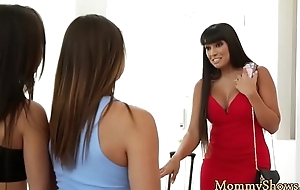 Mommy scissoring with naughty stepdaughter