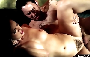 Slutty stepdaughter gets her pussy jizzed on