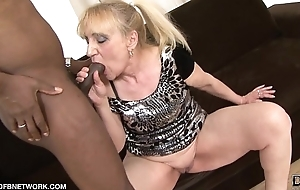 Granny Anal Fuck Wants Black Cock In Her Arse Interracial Anal Sex